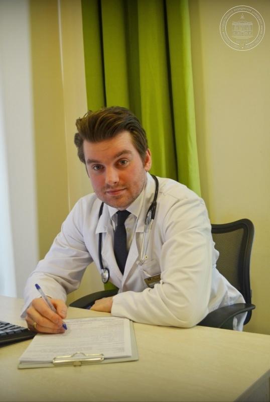Медицина аттестация врачей лфк 2009г.вопрос ответ болит под правой грудью при вдохе и выдохе